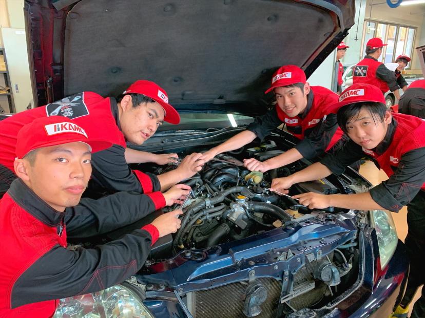 自動車業界で最も注目され、必要とされる一級整備士を育成。