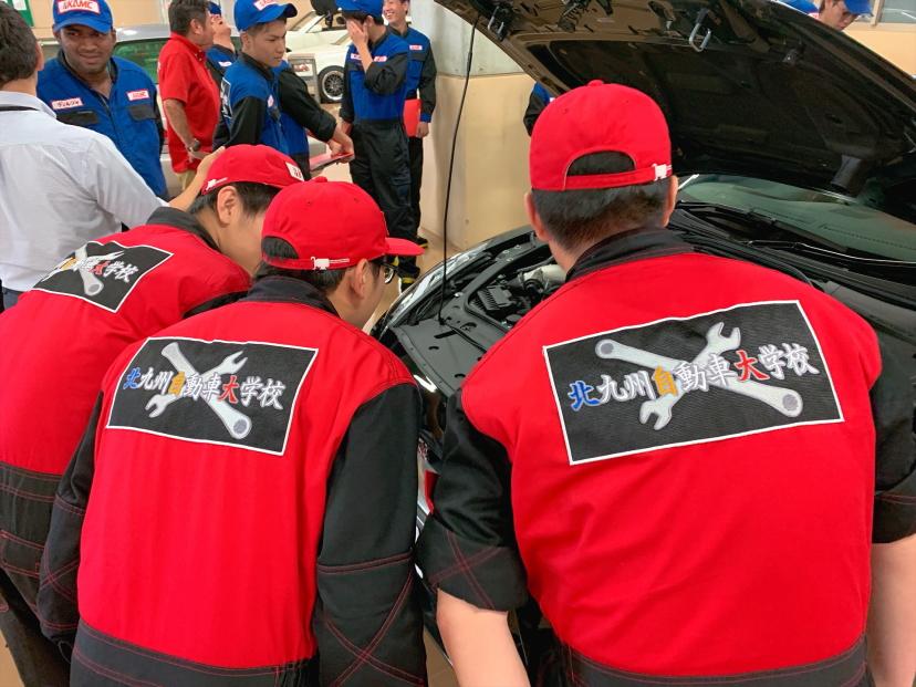 九州地区で合格率No.1の一級自動車整備科