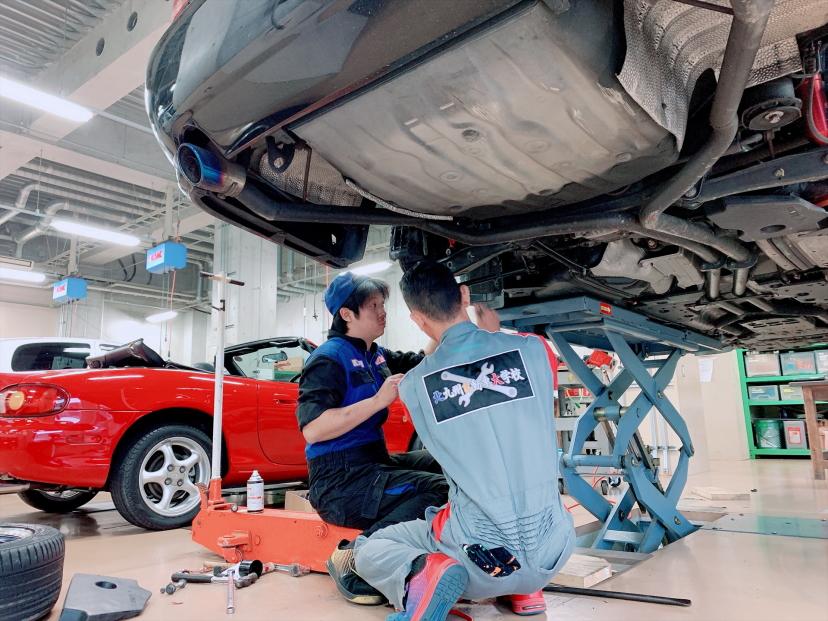 あなたの母国や、日本はもちろん、世界で活躍できる自動車エンジニアを目指す学科です。